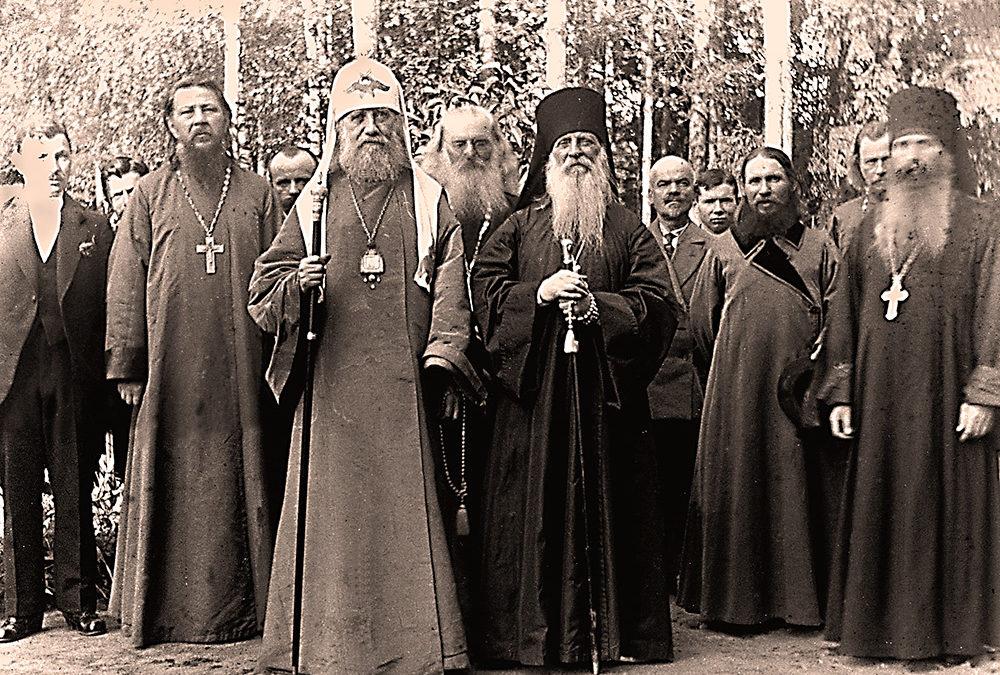 1918 год. Духовное образование под угрозой